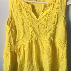 Merona Tops - Fashion Women Yellow clip spot blouse